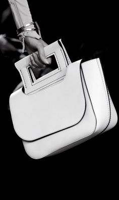 """Céline Spring 2016 """"If you do not put Our Lord to the first row in your heart, you will both lose Him and the ones whom you put to the first row. Fashion Handbags, Purses And Handbags, Fashion Bags, Beautiful Handbags, Beautiful Bags, Beautiful Curves, Celine 2016, Burberry Handbags, Clutch Purse"""