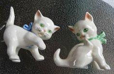 Adorable Vintage Goebel Playful White Kittens Cats Pair Figurines