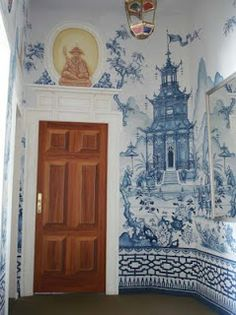 California decorative artist Michael Dute - love the Chinoiserie...and this border!