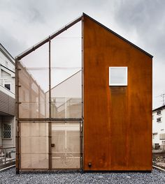 Concept Built in the residential area of Tokyo, ' Transustainable House ' aims to respond to the 4 features of urban housing. 'Small building site' – Extension of perceptional spaces beyond th. Houses Architecture, Architecture Design, Japanese Architecture, Contemporary Architecture, Tokyo Architecture, Minimalist Architecture, Architecture Interiors, Residential Architecture, Exterior Design