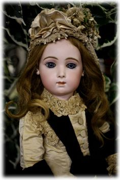 アンティークドール展2014 | Antique French Jumeau Triste/ Sad Bebe doll.