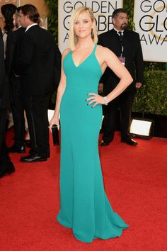 Reese Witherspoon wears Calvin Klein- Golden Globes 2014