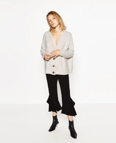 Image 1 de VESTE À POCHES de Zara