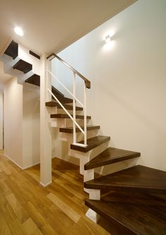CASE403 オリーブグリーンな家 Olive Green, Stairs, House Design, Home Decor, Staircases, Stairway, Decoration Home, Room Decor, Architecture Design