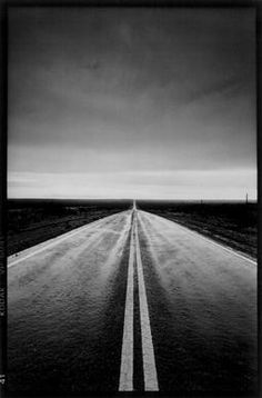 The road of life. Magnum Photos, Photography Pics, History Of Photography, Apples Photography, Black White Photos, Black And White Photography, Villefranche Sur Saône, Grandes Photos, Vanishing Point