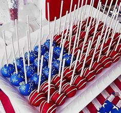 This Patriotic DIY Idea is perfect for Memorial Day, Fourth of July and Labor Day Parties