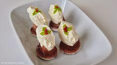 Cocoa Meringue Christmas Puddings