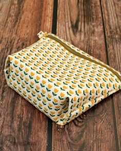 Sewing Tutorials, Sewing Crafts, Diy Bag Designs, Diy Bags Patterns, Zipper Pouch Tutorial, Sewing To Sell, Diy Bags Purses, Pouch Pattern, Quilted Bag