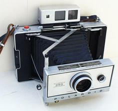 automatic 350 land camera polaroid....I have this one!