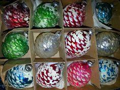Vintage Christmas mini glass pinecone ornaments.  So pretty !