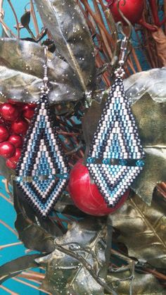 Brick Stitch & Bicone Earrings by Terrie Brick Stitch, Beaded Jewelry, Crochet Earrings, Christmas Gifts, Jewelry Making, Jewels, Beads, Create, Projects