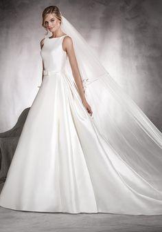 Pronovias Africa Wedding Dress
