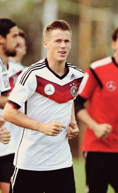 Erik Durm #footballislife