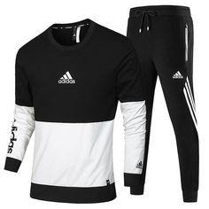 Authentisches Adidas Langarm T-Shirt 2018 Spring Clothes AK Schwarz Source by Adidas Tracksuit Mens, Addidas Shirts, T Shirt Nike, Adidas Men, Boss Tracksuit, Adidas Outfit, Nike Outfits, Mens Suits 2018, Adidas Fashion
