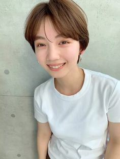 Asia Girl, Short Hair Styles, Korea, Hairstyles, Japanese, Fashion, Korean Girl, Salons, Bob Styles
