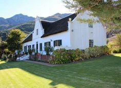 mil Franschehoek S-A Dutch Gardens, Cape Dutch, Dutch House, Garden Walls, Vintage House Plans, Farms, Interior Architecture, South Africa, Holland
