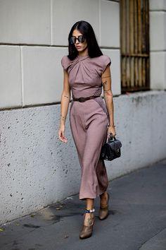 5 платьев на все случаи жизни, которые должны быть в гардеробе у каждой | Журнал Harper's Bazaar