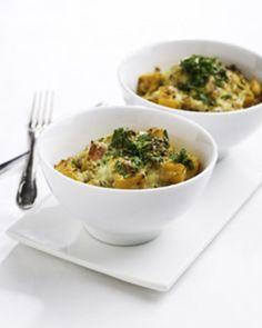 Mieto bataatti sopii gratiiniin eli juusto-munaseoksella kuorrutettavaksi.
