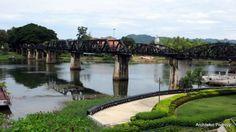 Ciąg dalszy informacji o Tajlandii! Tym razem przedstawiamy Kanchanaburi - miłośnicy natury znajdą coś dla siebie w przepięknych parkach krajobrazowych, fani filmów zobaczą słynny most na rzece Kwai, a amatorzy nocnych przygód znajdą bratnie dusze w licznych pubach.
