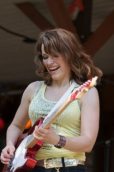 Women Of Rock, Guitar Girl, Female Guitarist, Blues Rock, Jimi Hendrix, Celebs, Singer, Glamour, Lady