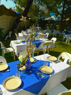 Blue,creme & white colored party theme