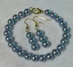 Ocean Blue pearl bracelet and earring set by KathysLittleAttic, $14.00
