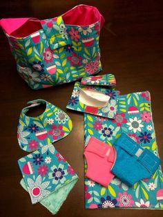 Ideas for diy baby wipes case burp cloths Baby Doll Diaper Bag, Diaper Bag Backpack, Diaper Bags, Baby Doll Clothes, Doll Clothes Patterns, Baby Dolls, Sewing Patterns, Diy Clothes, Baby Toys
