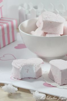 xxxxx Sweet Recipes, Panna Cotta, Ethnic Recipes, Food, Cookie Cutters, Food Cakes, Deserts, Marshmallows, Ethnic Food