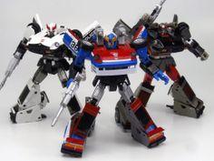 Transformers Masterpiece MP-17 Prowl, MP-19 Smokescreen and MP-18 Streak (Bluestreak)