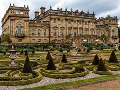 Harewood House - George V's daughter, Mary, Countess of Harewood, died here in 1965 Beautiful Buildings, Beautiful Places, Bridgewater House, Harewood House, English Manor Houses, Church Pictures, Dream Mansion, Le Palais, Historic Homes