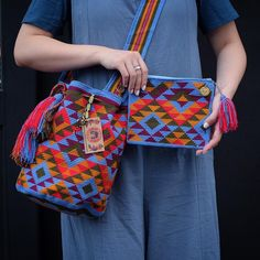 Wayuu Clutch Models, We have prepared very nice models from knitting bag models today. Crochet Clutch, Crochet Purses, Crochet Hooks, Knit Crochet, Crochet Crafts, Crochet Projects, Mochila Crochet, Tapestry Crochet Patterns, Tapestry Bag