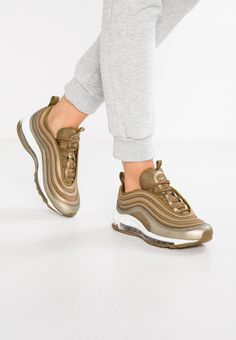 Nike Sportswear. AIR MAX 97 UL 17 - Trainers - metallic field/hazel rush. Sole:synthetics. Padding type:Cold padding. Shoe tip:round. Heel type:flat. Lining:textile. shoe fastener:laces. upper material:synthetics/texile. Insole:textile