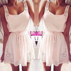 Csipke ruha fehér színben,3 méretben.