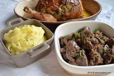 Ficatei de pui cu ceapa | Savori Urbane Mashed Potatoes, Beef, Ethnic Recipes, Food, Whipped Potatoes, Meat, Smash Potatoes, Essen, Meals
