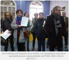 Entrega por Registro de la moción de la Residencia de mayores de Caranza