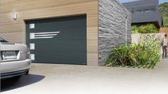Porte de garage sectionnelle lisse grise Deep Mat Sablée avec décors inox LINEO Modern Garage Doors, Iron Gates, Gate Design, Exterior, Deep, Outdoor Decor, Home Decor, Templates, Architecture