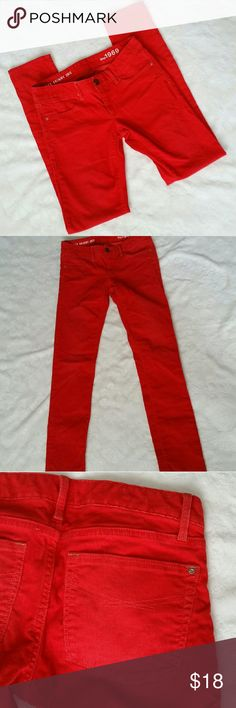 "GAP Always Skinny Killer Tomato Red Cords EUC, no flaws. Color: killer tomato a very vibrant red. Soft material, material info in photos. Always Skinny style. Size 26/2. *Approximate measurments laid flat* 15"" waist, from crotch line to waist 7.5"", 32"" inseam, 6"" leg opening by ankle. GAP Pants Skinny"
