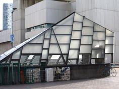 boston-architecture-geometric-entrance
