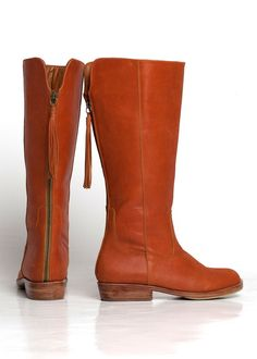 {Wanderlust Boots} ELF - zipper up the back with tassel! love these
