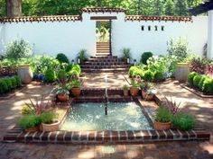 spanish house courtyard landscape - Google Search
