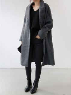 all black // grey oversized