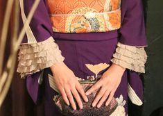 裄が短いアンティーク着物も素敵に! 着物カフスの作り方 | 札幌着物着付け教室 風呂敷講師 和装クリエイター 小倉マカナ 着物と風呂敷がある暮らし Kimono Japan, Japanese Kimono, Kimono Outfit, Kimono Fashion, Modern Kimono, Kimono Pattern, Lace Kimono, Kimono Style, Casual Cosplay