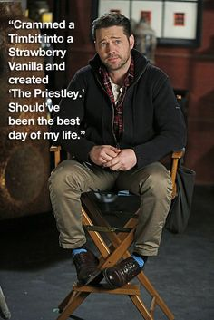 """When Jason Priestley created the most brilliant confection ever. 19 Times """"How I Met Your Mother"""" Hilariously Mocked Canada Jason Priestley, Himym, How I Met Your Mother, I Meet You, Day Of My Life, Just Relax, Man Photo, Celebrity Photos, Letting Go"""
