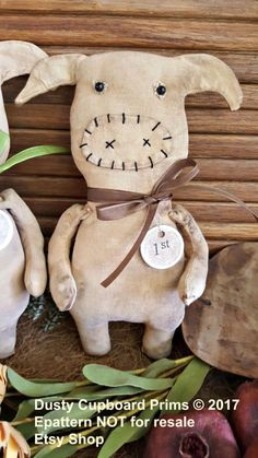 Prize Pig Primitive Folkart Epattern by DustyCupboardPrims on Etsy Primitive Doll Patterns, Primitive Crafts, Country Primitive, Pet Pigs, Fabric Animals, Stuffed Animal Patterns, Stuffed Animals, Craft Show Ideas, Sewing Toys