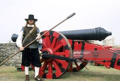 English Civil War Cannon And Gunner Re Enactment Stock Photo | Getty ...