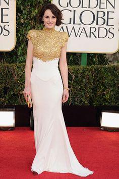 Michelle Dockery luciendo joyas Bulgari en los Golden Globe Awards