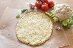 Who says a homemade pizza can't be a healthy dinner? Check out these tips on how to make a healthy homemade pizza for the entire family to enjoy. Baked Cauliflower, Cauliflower Crust Pizza, Healthy Homemade Pizza, Healthy Recipes, Cooking Tomatoes, Food Substitutions, Pasta, Healthy Vegetables, Pizza Recipes