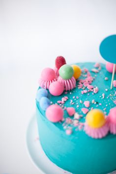 rainbow candy cake by Coco Cake Land