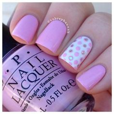 Pink and polka dots from aubreyhannah. Colors: opi – mod about you, chinaglaze – white on white and essie – set in stones for the glitter placement.