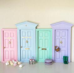Tooth Fairy Doors, Cartoon House, Vitrine Miniature, Doodle Art Designs, Paper Crafts Origami, Toy Rooms, Oui Oui, Dollhouse Miniatures, Dental